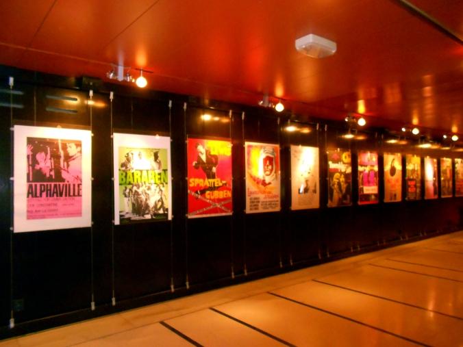 Posteres na Cinemateca - foto de Natália Santucci (pra não dizer que não tirei nenhuma).